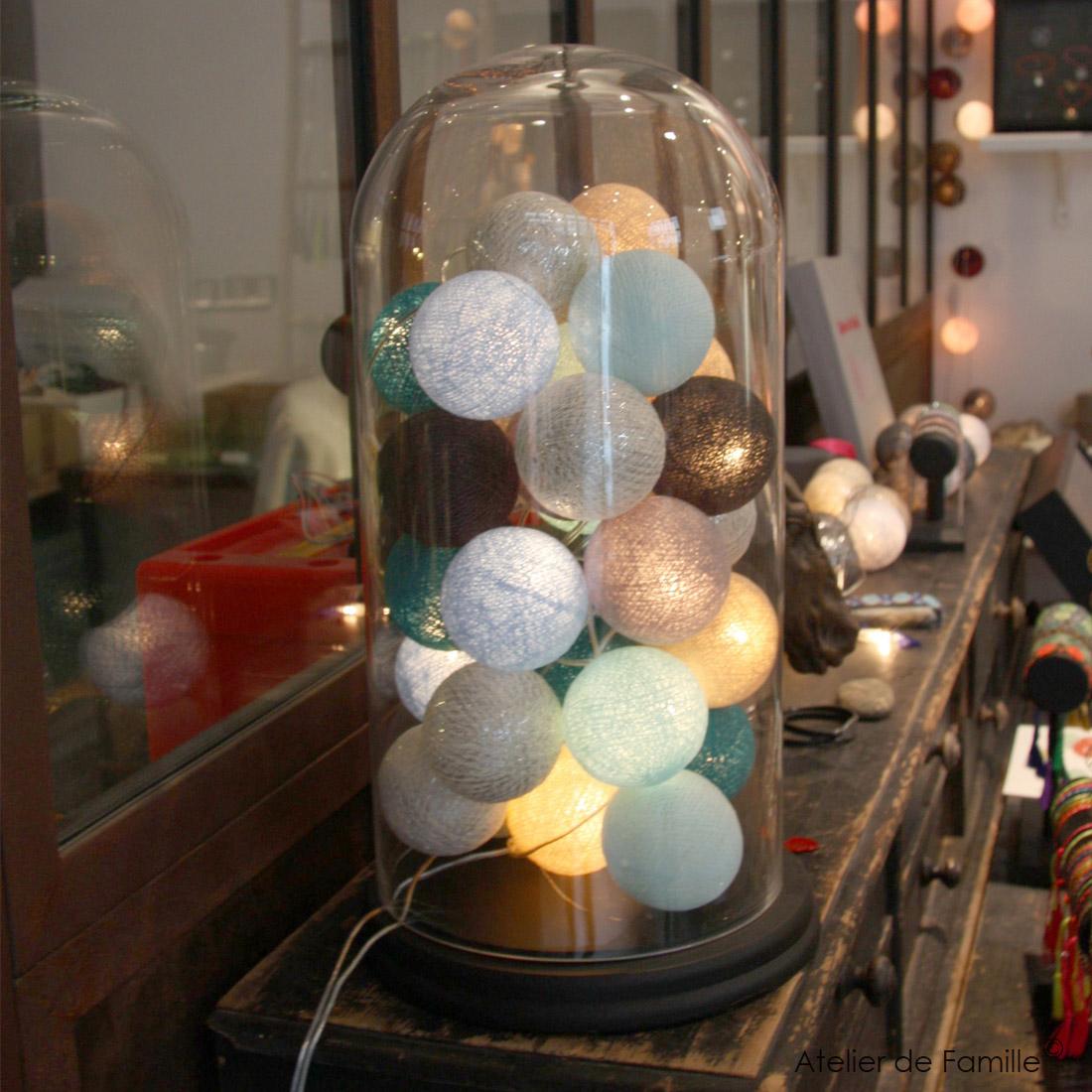 luminaire guirlande boule noel decoration. Black Bedroom Furniture Sets. Home Design Ideas