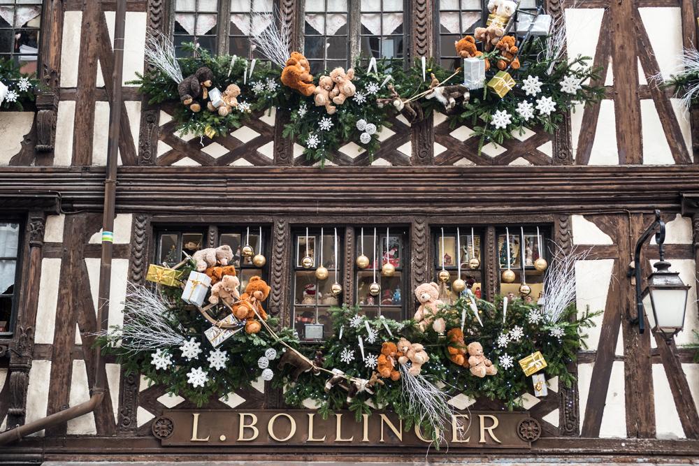 Deco fenetre noel alsace noel decoration Decoration de noel pour fenetre