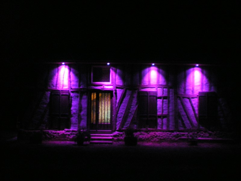 eclairage exterieur facade noel noel decoration. Black Bedroom Furniture Sets. Home Design Ideas